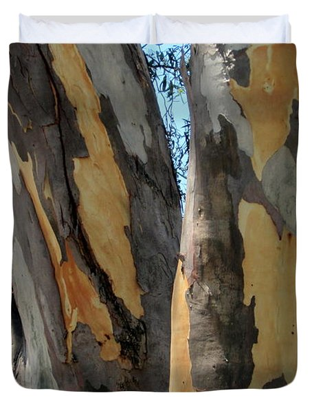 Duvet Cover featuring the photograph Australian Tree by Roberto Gagliardi