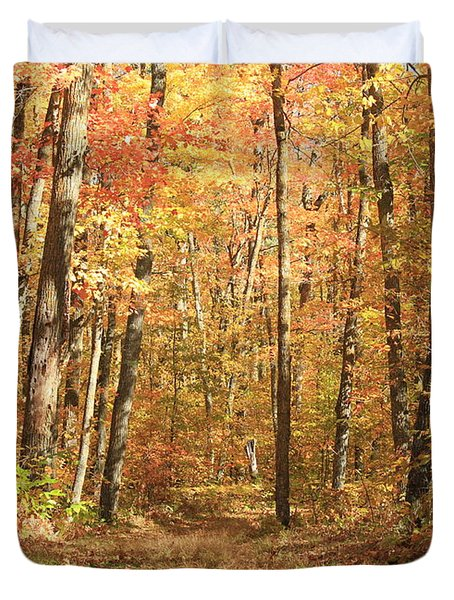 Duvet Cover featuring the photograph Autumn In Minnesota by Penny Meyers