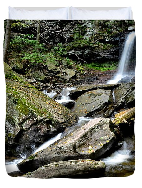 B Reynolds Falls Duvet Cover by Frozen in Time Fine Art Photography