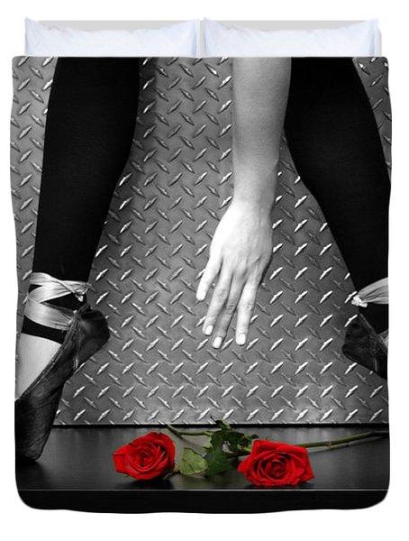 Bailarina En Rosas Duvet Cover