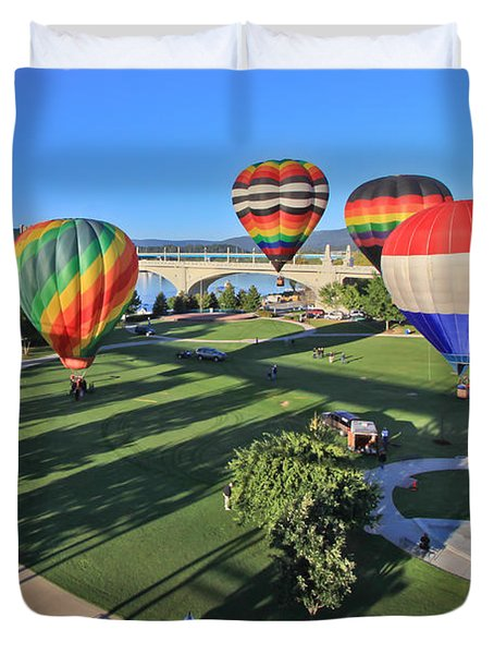 Balloons In Coolidge Park Duvet Cover