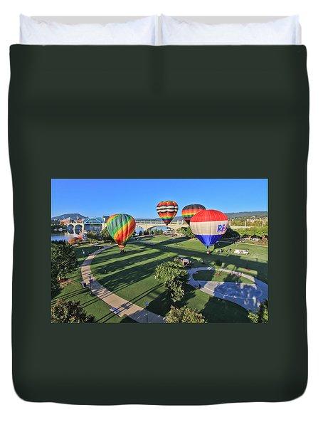 Balloons In Coolidge Park Duvet Cover