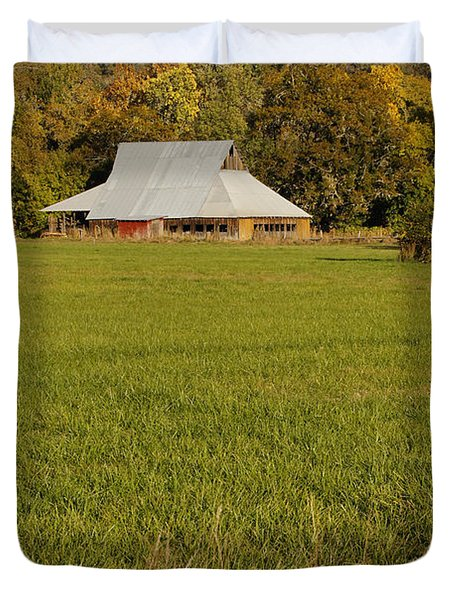 Barn Near Murphy Duvet Cover by Mick Anderson
