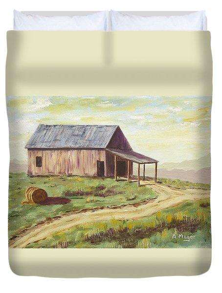 Barn On The Ridge Duvet Cover