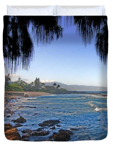 Beach On North Shore Of Oahu Duvet Cover