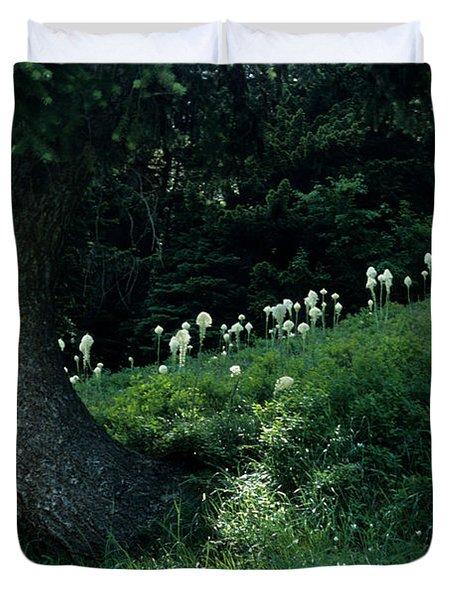 Duvet Cover featuring the photograph Bear-grass Ridge II by Sharon Elliott