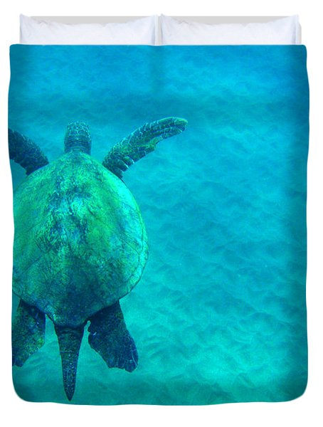 Beauty Of The Sea Duvet Cover by Bob Christopher