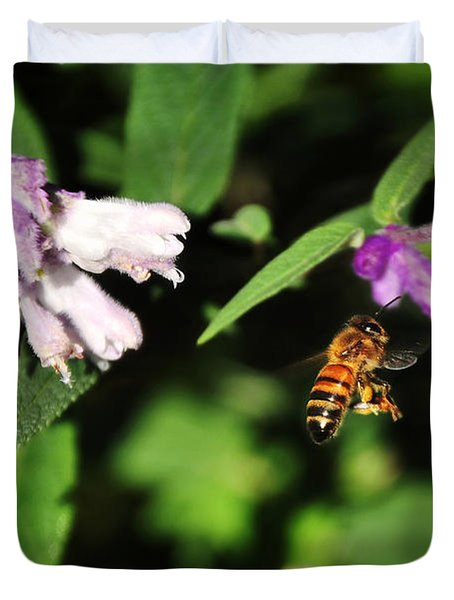 Bee In Flight Duvet Cover by Kaye Menner