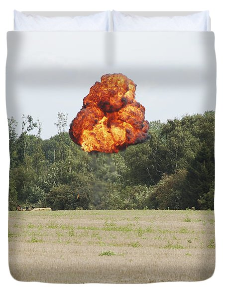 Belgian Paratroopers Under Attack Duvet Cover