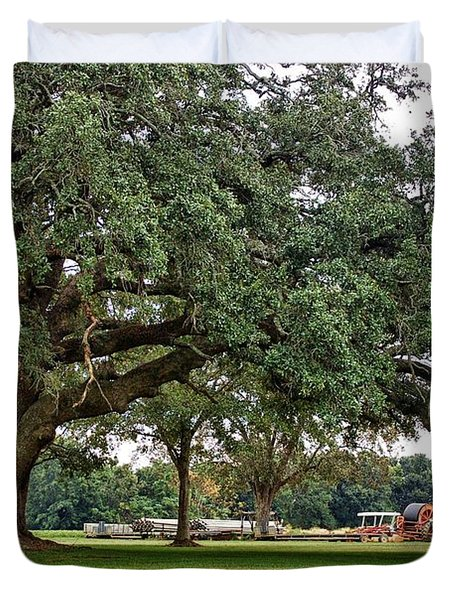 Big Oak And The Tractors Duvet Cover by Michael Thomas
