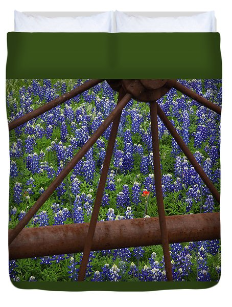 Bluebonnets And Rusted Iron Wheel Duvet Cover