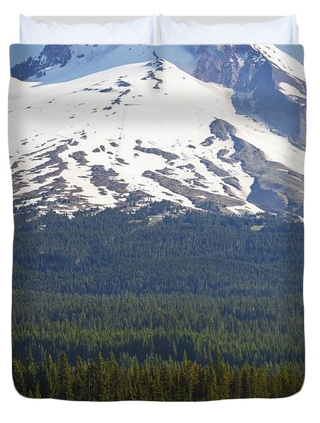 Boating In Trillium Lake With Mount Duvet Cover by Craig Tuttle