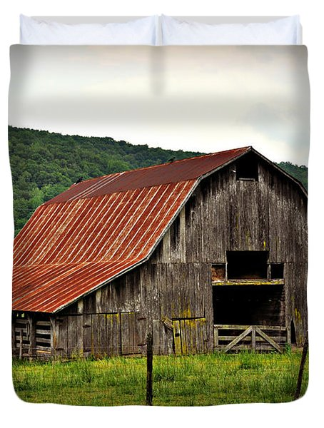 Boxley Barn Duvet Cover by Marty Koch
