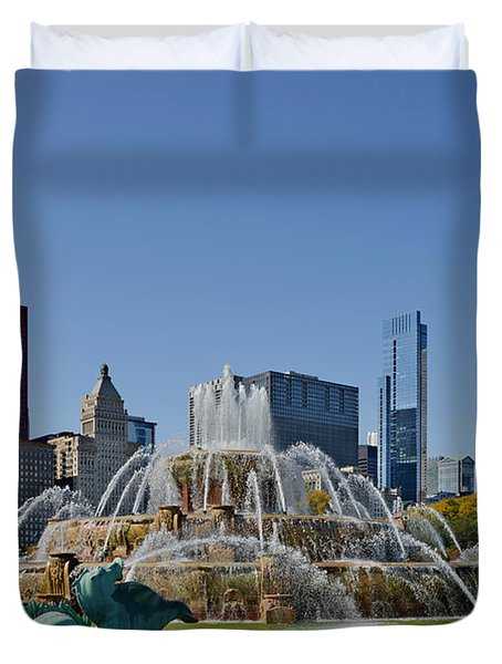Buckingham Fountain Chicago Duvet Cover by Christine Till