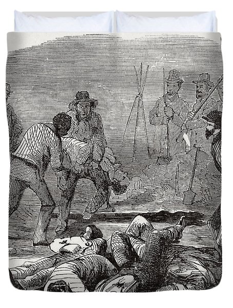 Burying The Dead After John Browns Duvet Cover by Photo Researchers