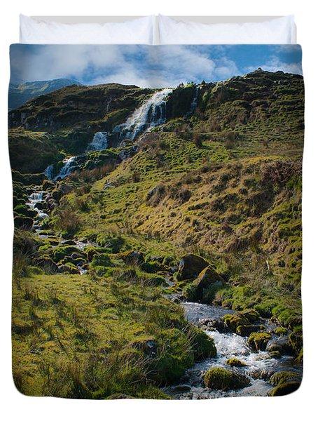 Calmness At The Falls Duvet Cover
