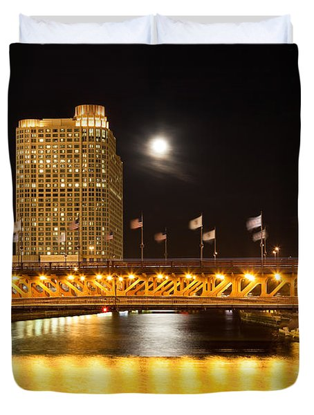 Chicago Michigan Avenue Dusable Bridge At Night Duvet Cover by Paul Velgos