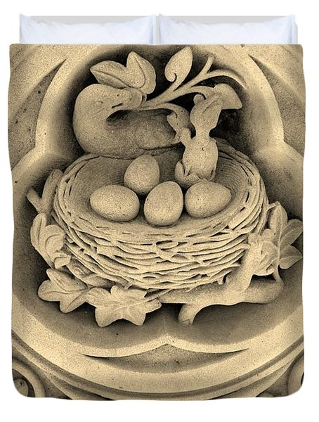 Chicks In Stone In Sepia Duvet Cover by Rob Hans