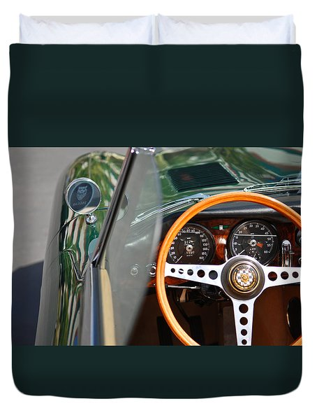 Classic Green Jaguar Artwork Duvet Cover