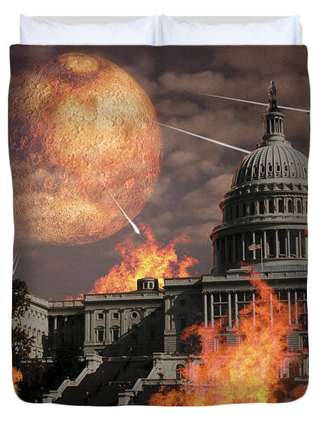 Close Approach Of Nibiru, Planet X Duvet Cover by Ron Miller