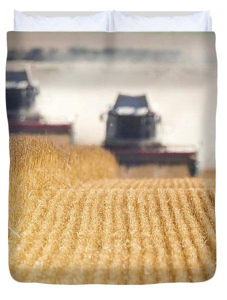 Combines Harvesting Field, North Duvet Cover by John Short