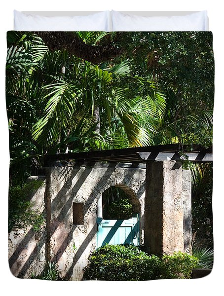 Duvet Cover featuring the photograph Coral Gables Gate by Ed Gleichman