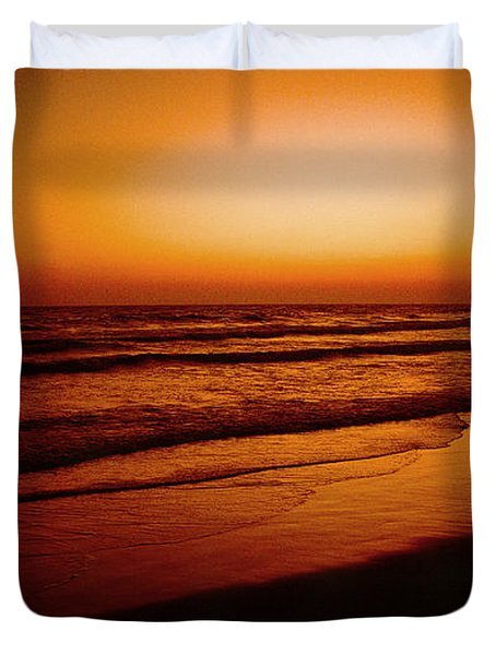 Corona Del Mar Duvet Cover by Mark Greenberg