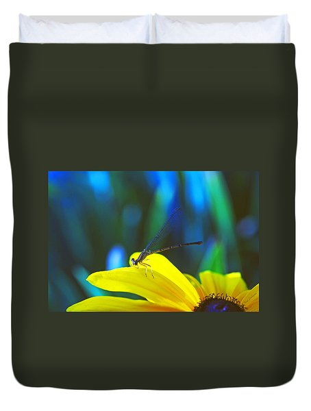 Daisy And Dragonfly Duvet Cover