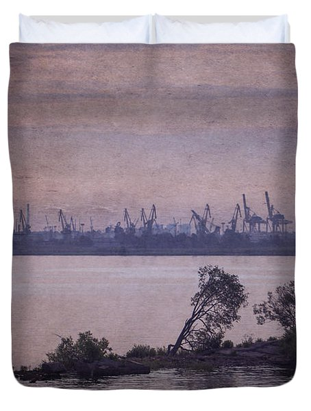 Dawn On The River Neva In Russia Duvet Cover