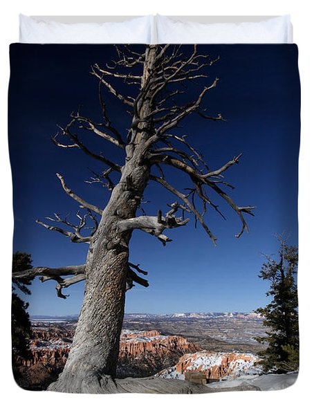 Duvet Cover featuring the photograph Dead Tree Over Bryce Canyon by Karen Lee Ensley