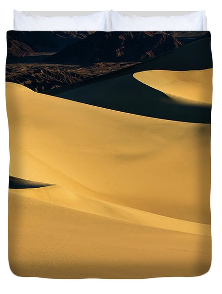 Death Valley And Photographer In Morning Sun Duvet Cover