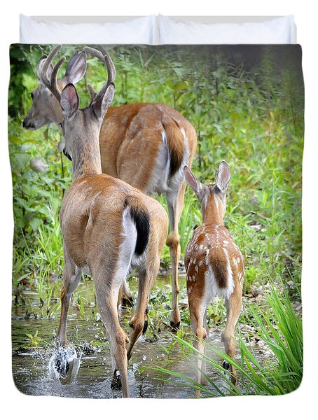 Duvet Cover featuring the photograph Deer Running In Stream by Nava Thompson