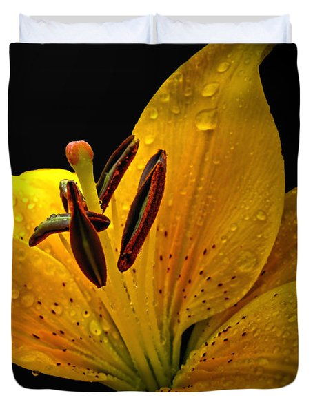Duvet Cover featuring the photograph Dew On The Daylily by Debbie Portwood
