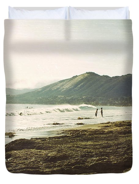 Distant Conversations Duvet Cover