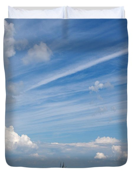 Drama In The Sky Duvet Cover by Vilas Malankar