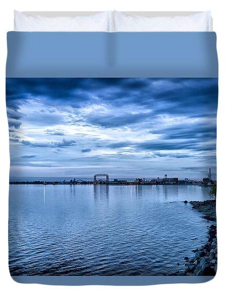 Duluth Minnesota Harbor At Night Duvet Cover