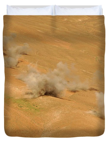 Dust Rises From The Impact Points Of Kp Duvet Cover by Stocktrek Images