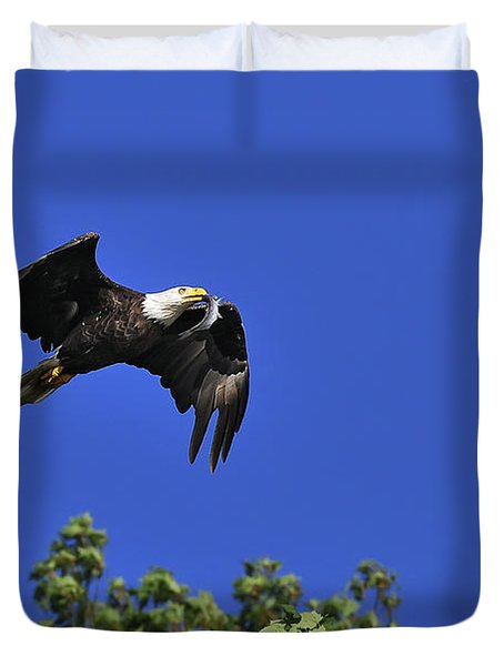 Duvet Cover featuring the photograph Eagle Over The Tree Top by Randall Branham