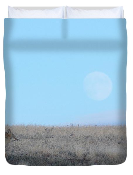 Early Hunt Duvet Cover