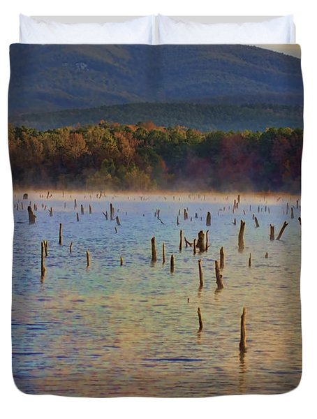 Early Morning Color Of Lake Wilhelmina-arkansas Duvet Cover by Douglas Barnard