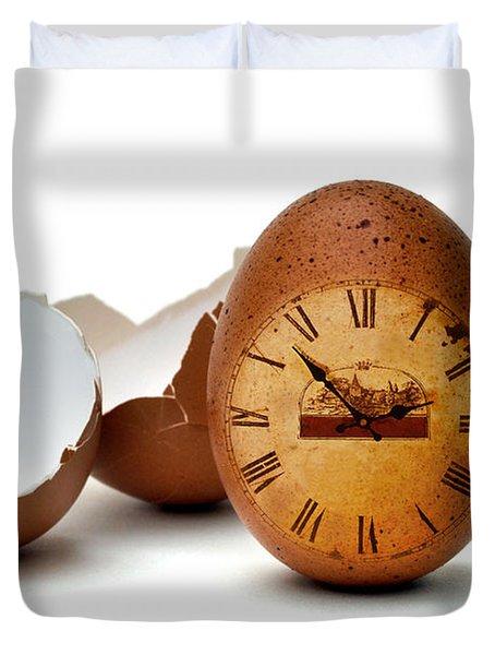 Duvet Cover featuring the photograph egg by Mariusz Zawadzki