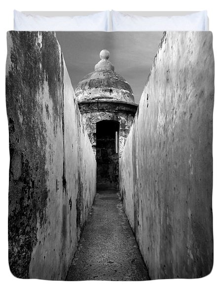 El Morro In Black And White Duvet Cover
