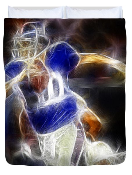 Eli Manning Quarterback Duvet Cover by Paul Ward