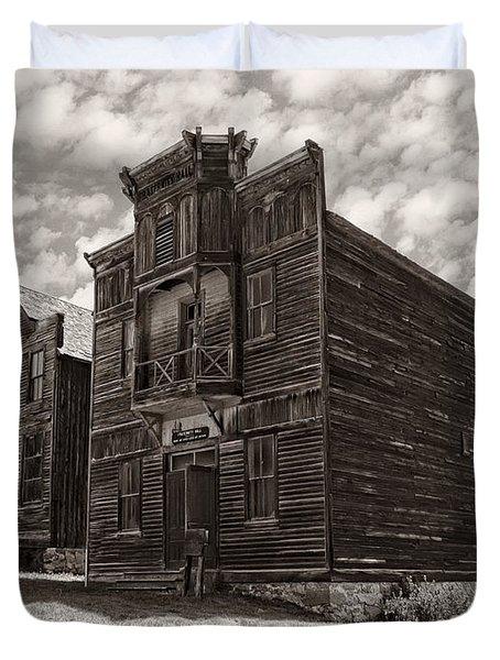 Elkhorn Ghost Town Public Halls 3 - Montana Duvet Cover by Daniel Hagerman