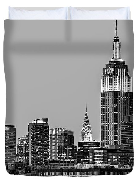 Empire State Bw Duvet Cover by Susan Candelario