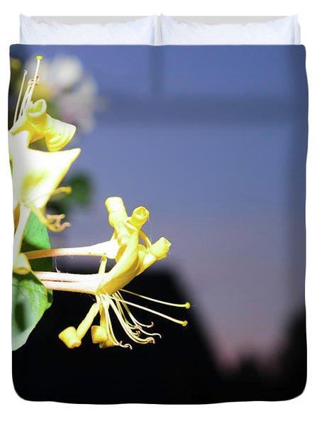Evening Sonata. Perfoliata Duvet Cover