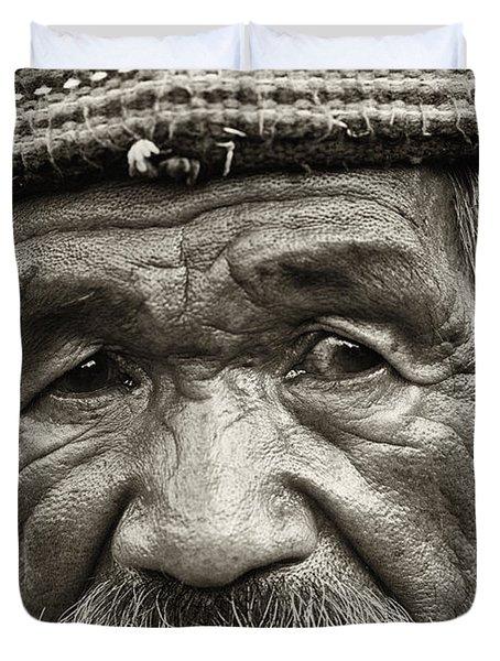 Eyes Of Soul Duvet Cover by Skip Nall
