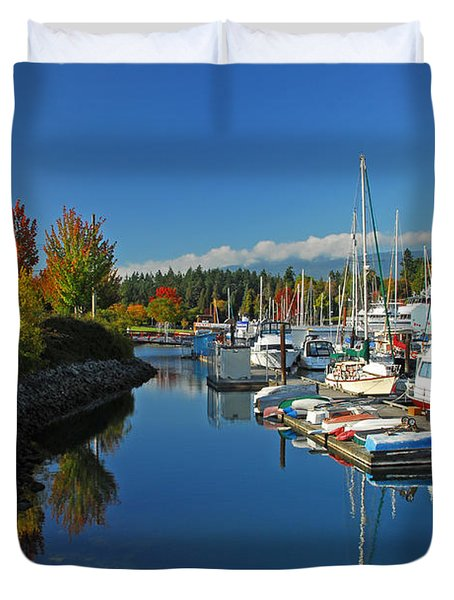 Fall Colors At English Bay Duvet Cover by Lynn Bauer