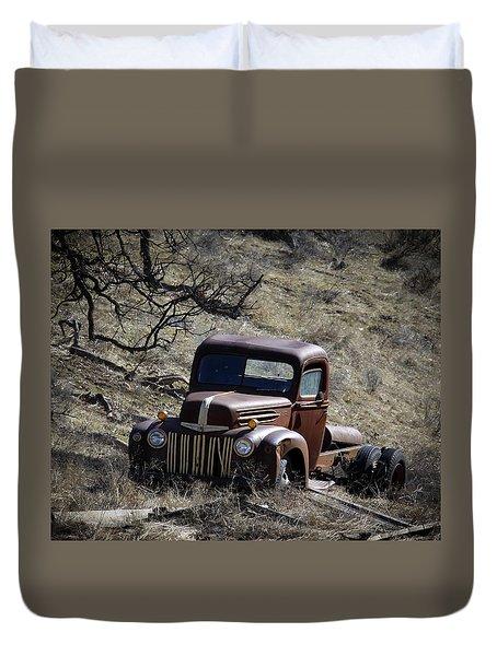 Farm Fresh Ford Duvet Cover by Steve McKinzie