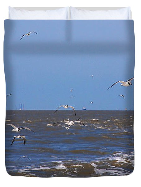 Feed Us - Ferry To Galveston Tx Duvet Cover by Susanne Van Hulst